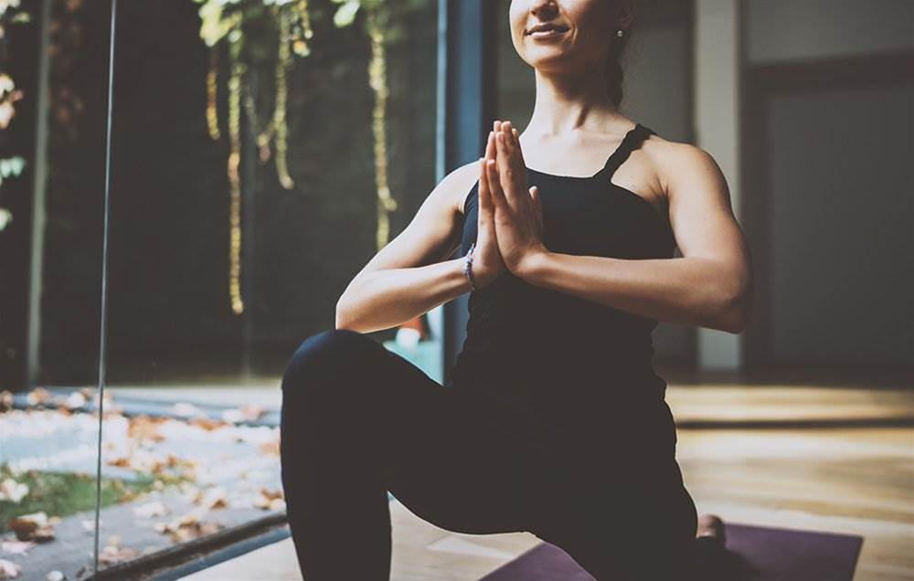 6 Ways To Avoid Getting Injured In Yoga Class