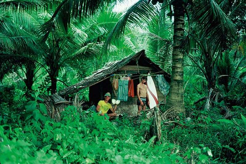 Surfing macaronis Indonesia - The fishing shack the boys called home.