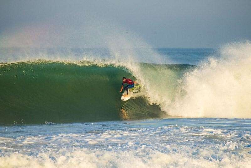Parko, the best odds and a safe bet in tubular French beach breaks. Photo: Joli