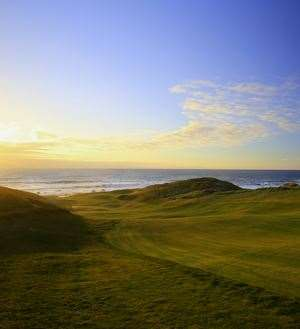 The short par-4 10th at Cape Wickham