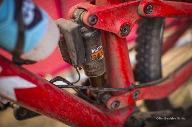 New prototype Trek spotted beneath Trek Factory Team rider Dan
