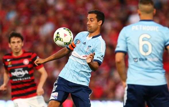 Sydney FC skipper Alex Brosque will be crucial for a Sky Blue victory. (Photo by Getty Images)