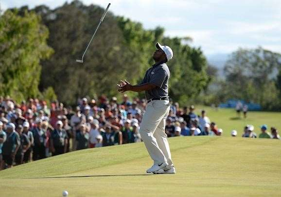 American Harold Varner narrowly misses a putt on the 18th hole for the win. PHOTO: Bradley Kanaris/Getty Images.