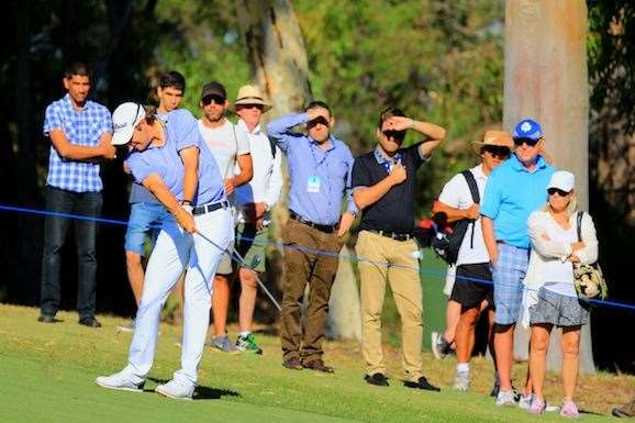 Uihlein keeps his approach under the wind on the 18th hole. PHOTO: Brendan James/Golf Australia magazine