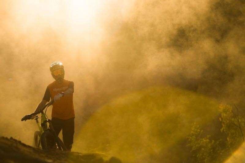 Chris Panozzo Shimano Trek. Photo: Damian Breac
