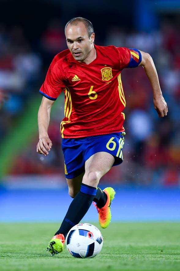 One the best players of his generation, can Andres Iniesta help re-find the glory days?(Photo by Getty Images)