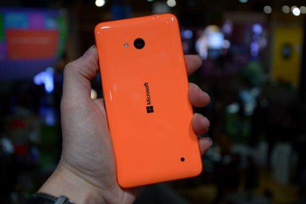 Microsot Lumia 640 - rear