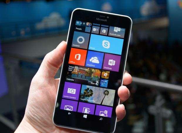 Microsoft Lumia 640 XL - front