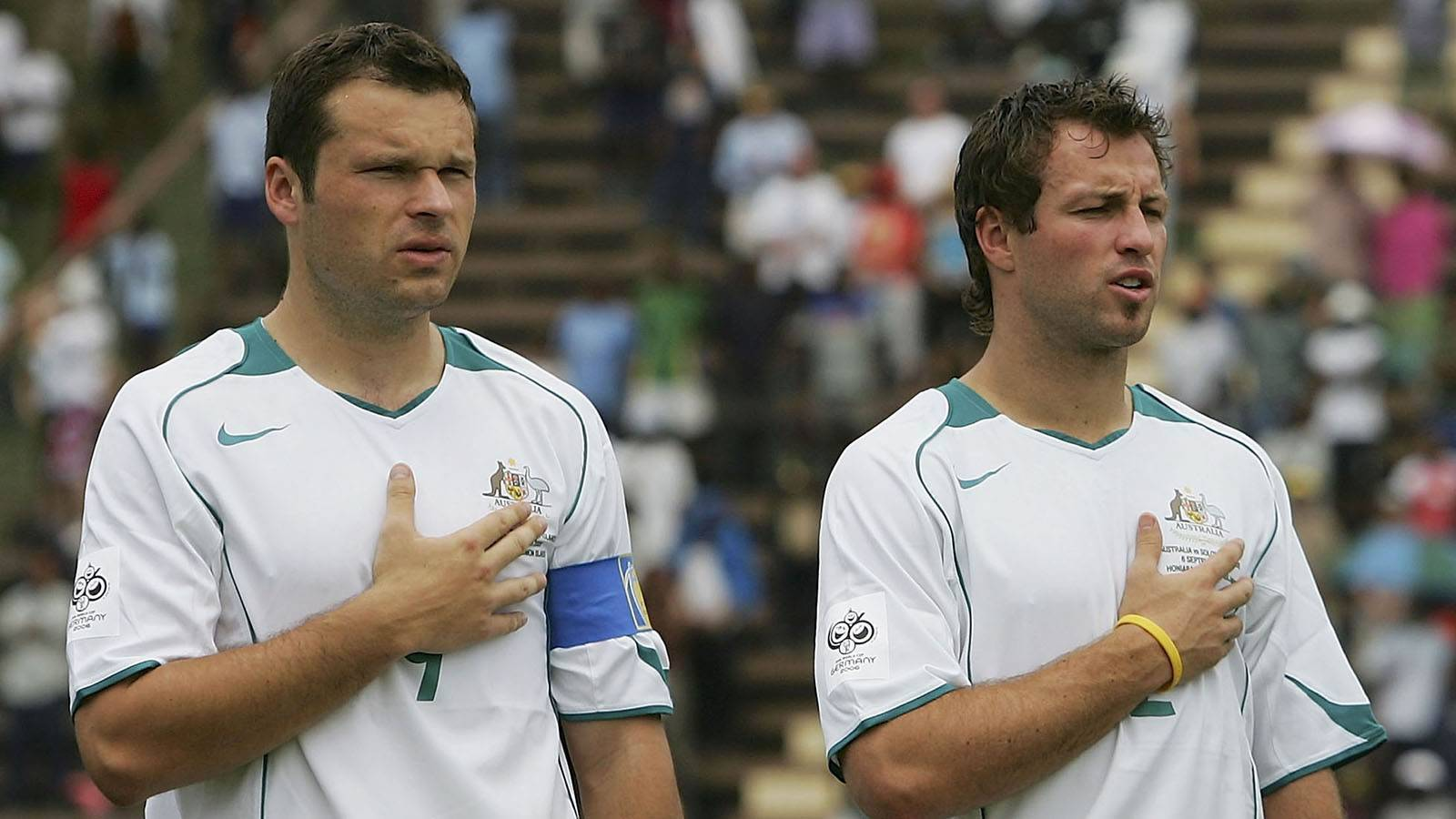 'Sulking' Neill disrupted Cup camp: Viduka