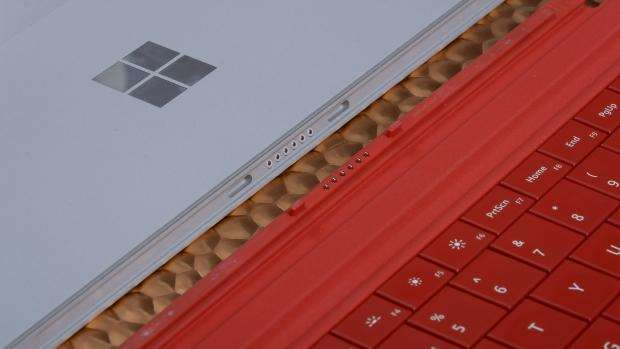 Microsoft Surface 3 review - type cover connection closeup