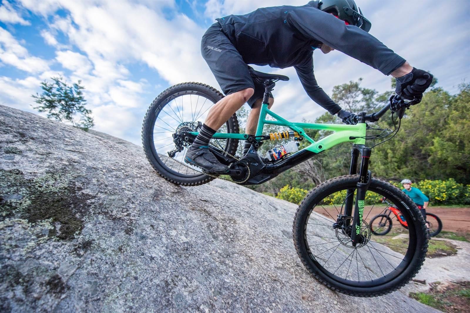Send it with the new Specialized Kenevo - Australian Mountain Bike