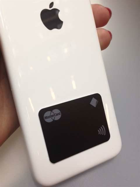 CommBank, Coles to offer 'pay tag' stickers for mobile