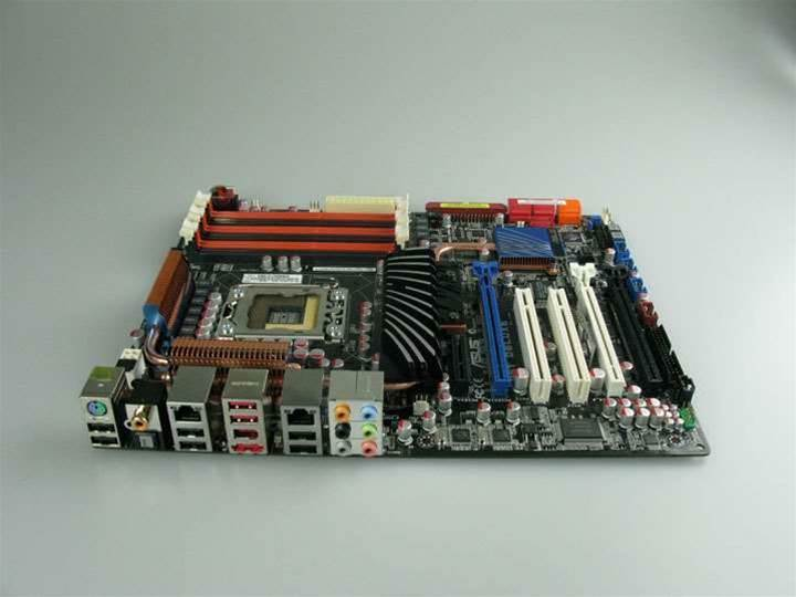 lab 1 motherboard Lab 1: motherboards b lab 2: cpu c lab 3: rom and bios chips d lab 4: bus types & expansion slots e lab 5: ram and ram sockets f lab 6: video card g.