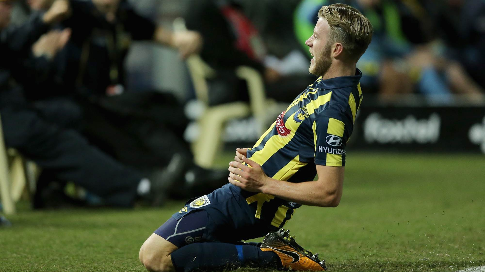 """""""It's very special"""" emotional Mariners conquer Sydney FC"""