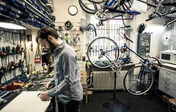 8 ways to be the best bike shop customer - and 3 ways to drive your mechanic nuts