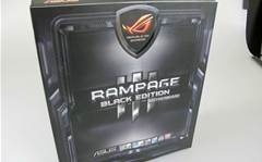 Photo gallery: ASUS' ROG Rampage III Black Edition motherboard