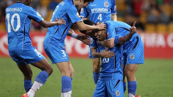 Roar v Ulsan Match Action