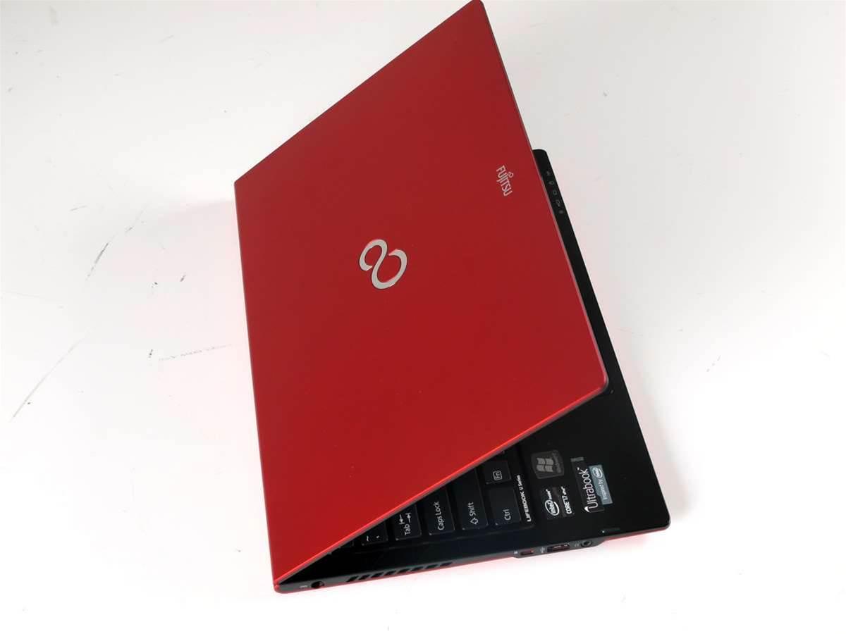 In Pictures: Fujitsu's U772 Ultrabook