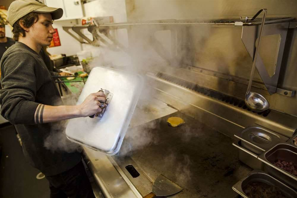 Drones deliver burgers at Monash Open Day