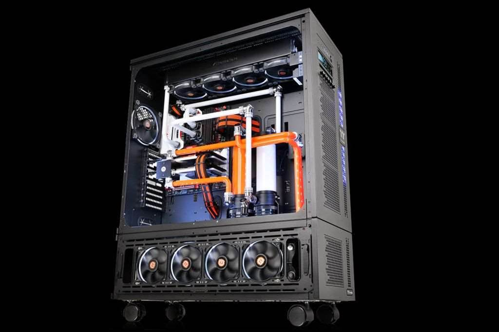 Thermaltake's new Core WP100 super tower