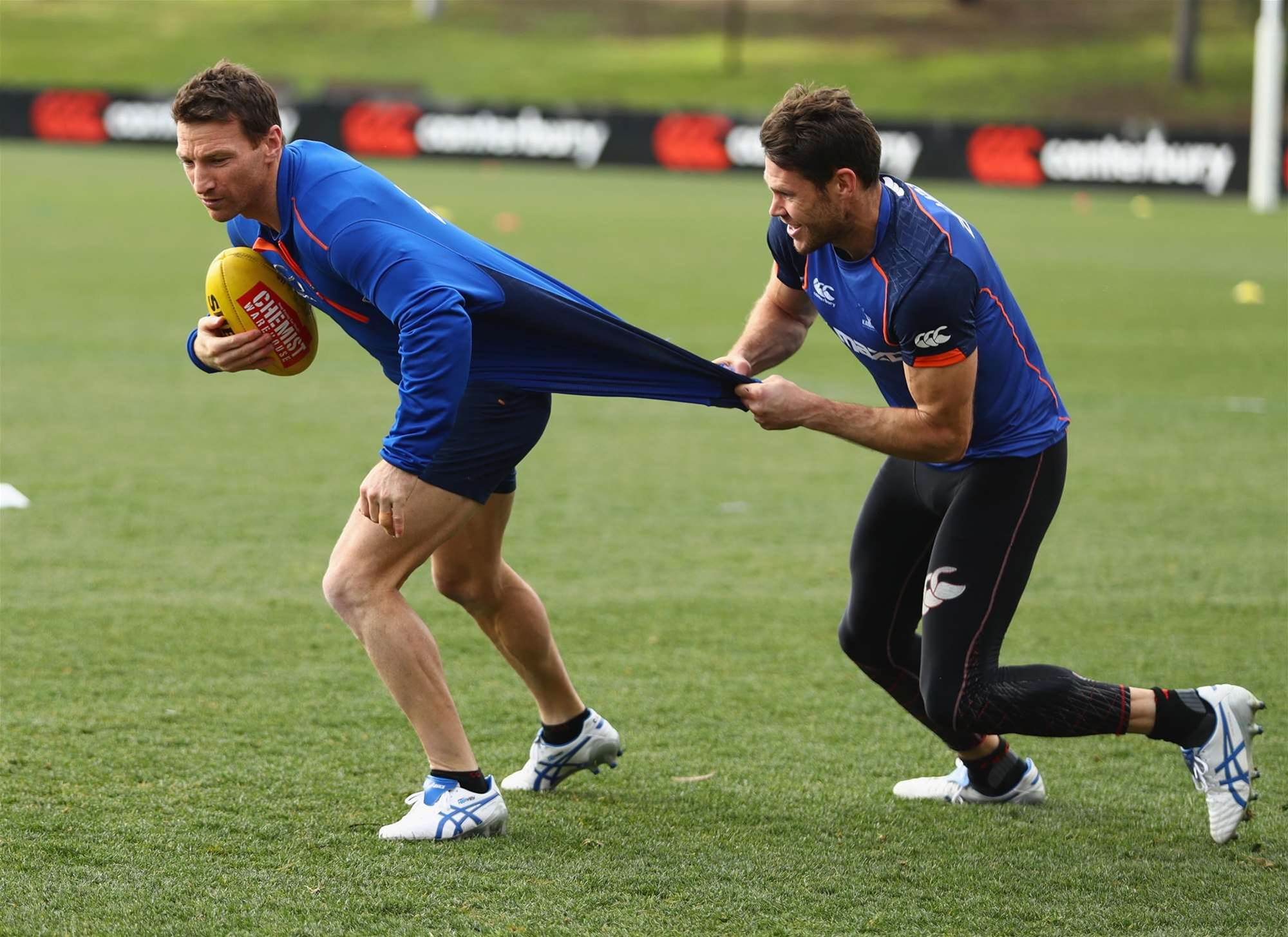 Roos get ready for the Pies