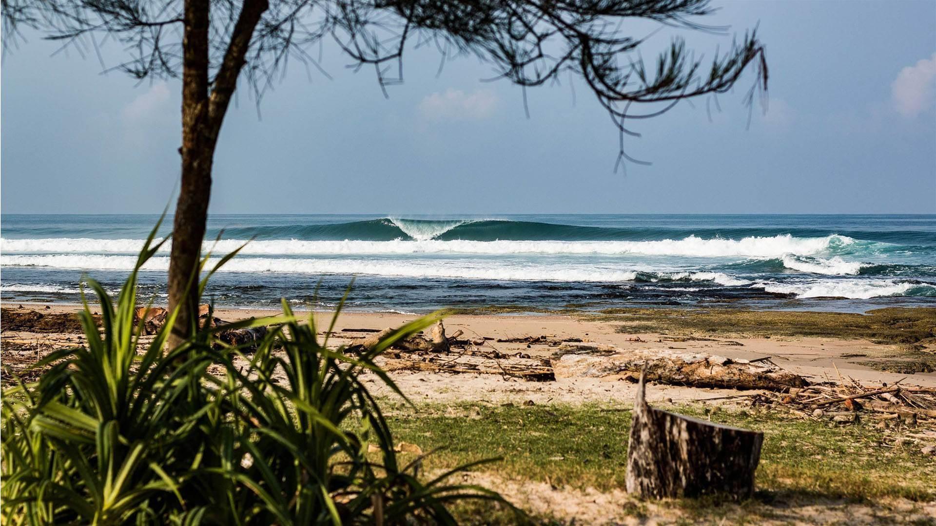 AURA SURF RESORT
