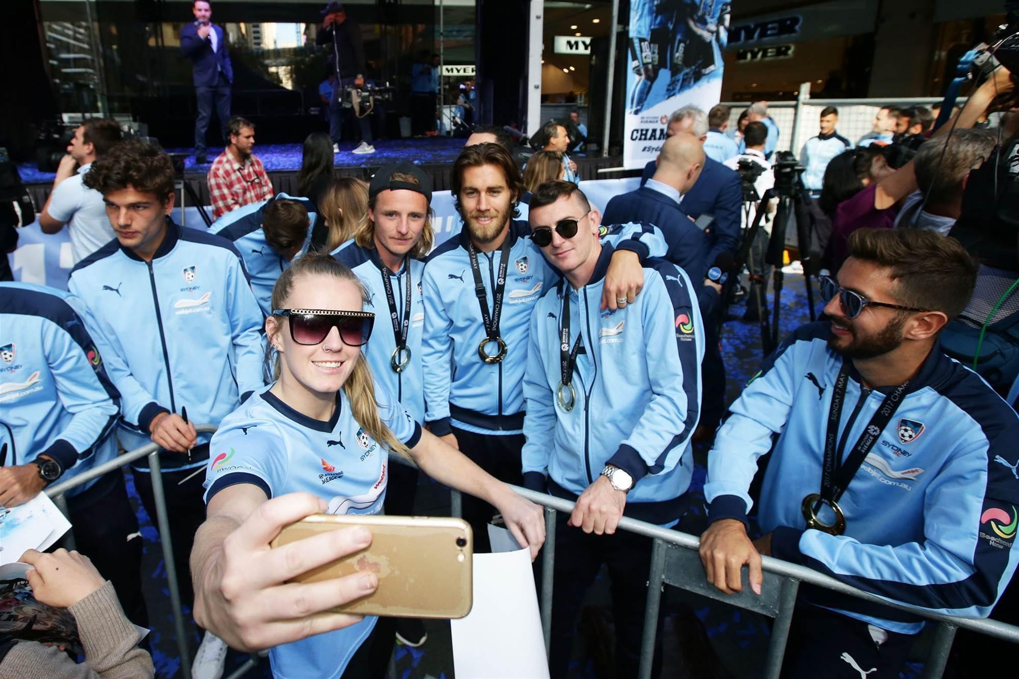 Fans hail their Grand Final heroes