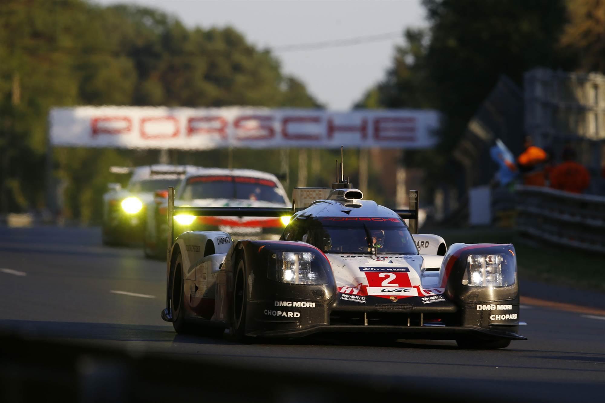 Porsche wins Le Mans 24 Hour