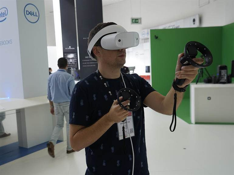 Pics of Dell's mixed reality Visor