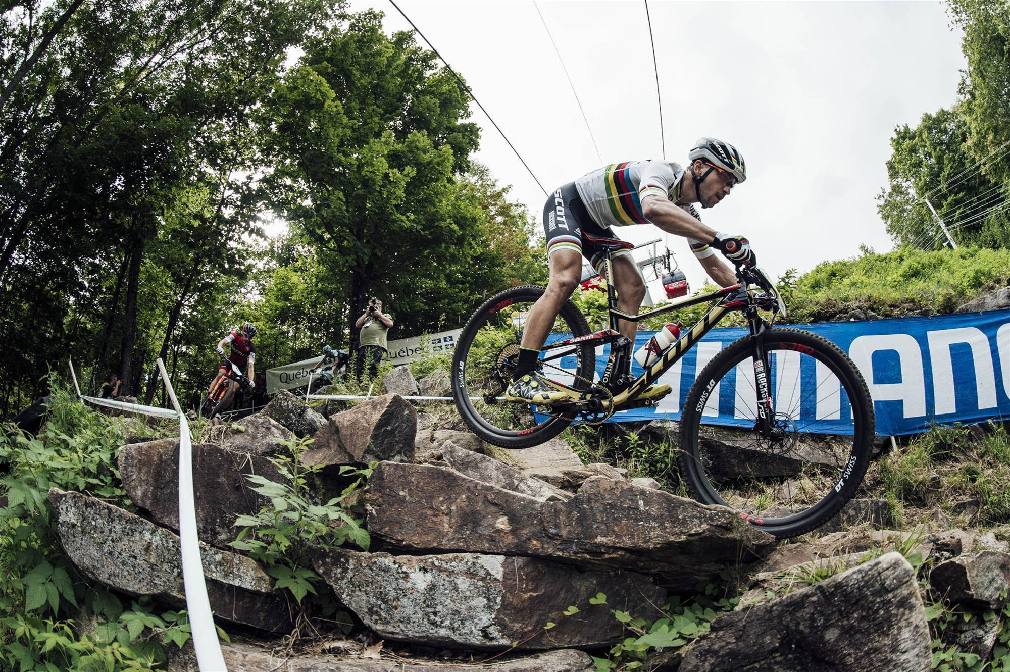 Schurter and Belamoina secure their World Cup leads