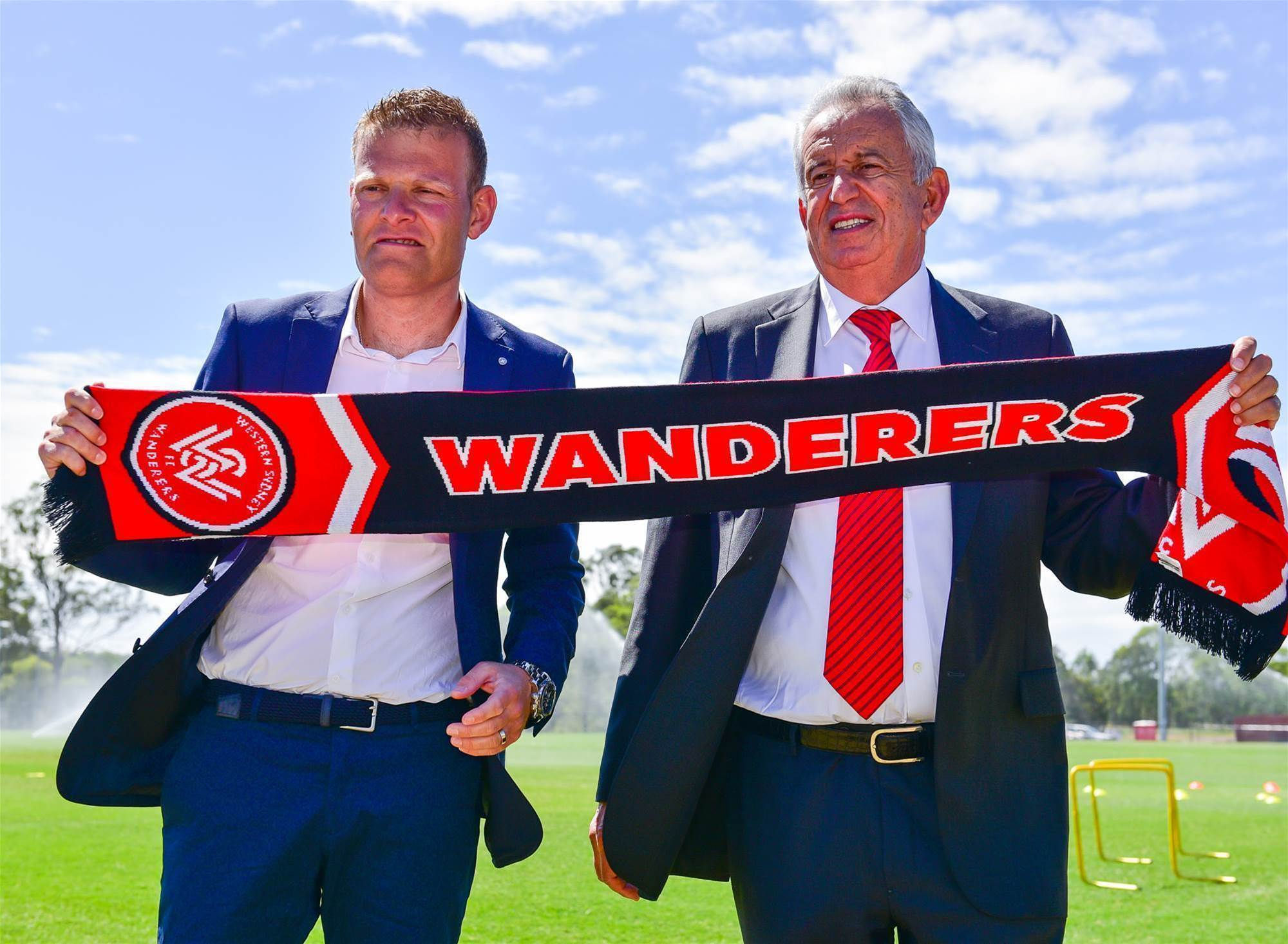 Gallery: Wanderers unveil Gombau