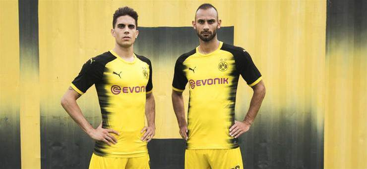 Gallery: Borussia Dortmund reveal their fourth kit