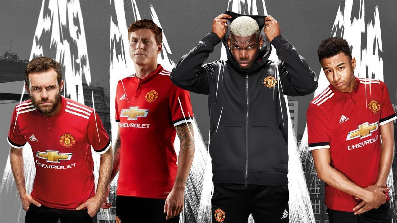 Button-up collar! Manchester United's 2017-18 home kit unveiled