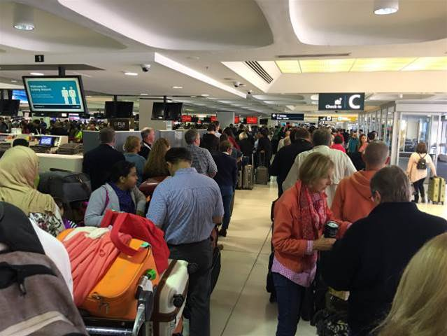 Passport system fail causes big delays at Australia, NZ airports