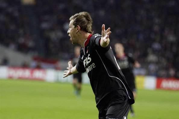 Eredivisie Wrap: No Splitting AZ, Ajax