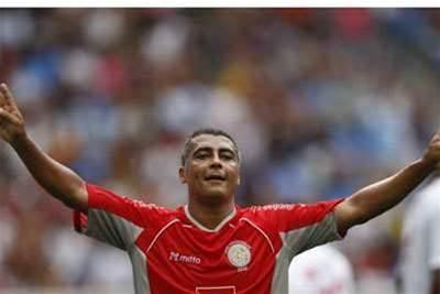 Romario Wishes Scolari, Parreira Luck