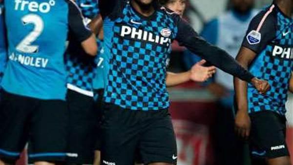 Eredivisie Wrap: Ajax Slip Up, PSV Close On AZ