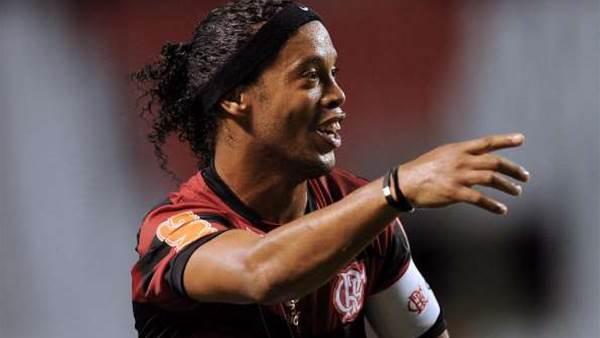 Ronaldinho Looks To Spark Mineiro Success