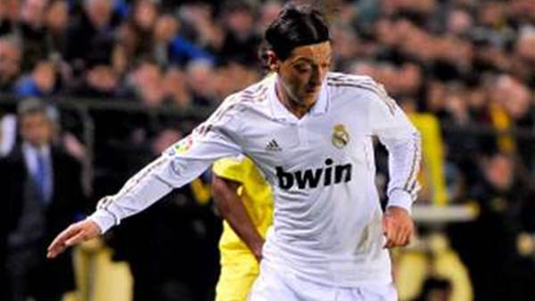 Ozil keen to stay at Real