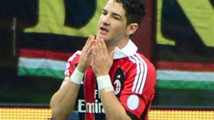 Pato Signs With Corinthians