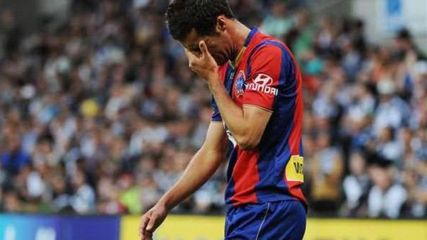 Van Egmond backs beaten youngsters
