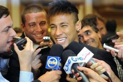 Neymar reaffirms Santos ambitions