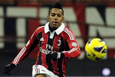Robinho welcomes Balotelli to Milan