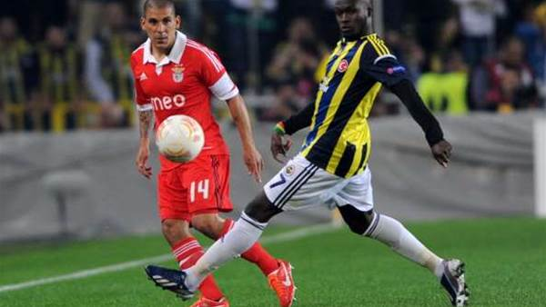 Fenerbahce snatch advantage over Benfica