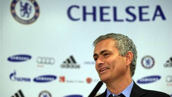 Chelsea fans delighted with Mourinho return