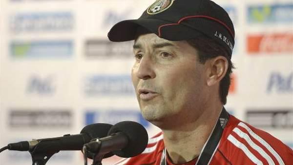 Mexico coach remains defiant despite struggles