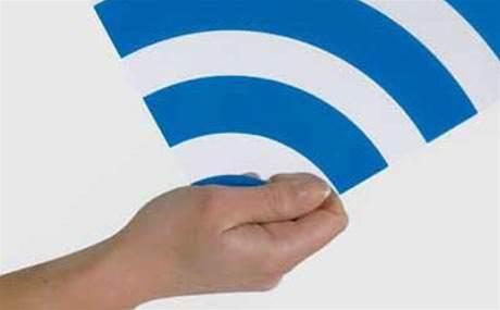 "Health researchers blast wi-fi cancer ""scaremongering"""
