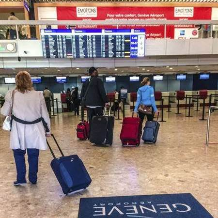 Immigration to pre-screen passengers leaving Aussie airports