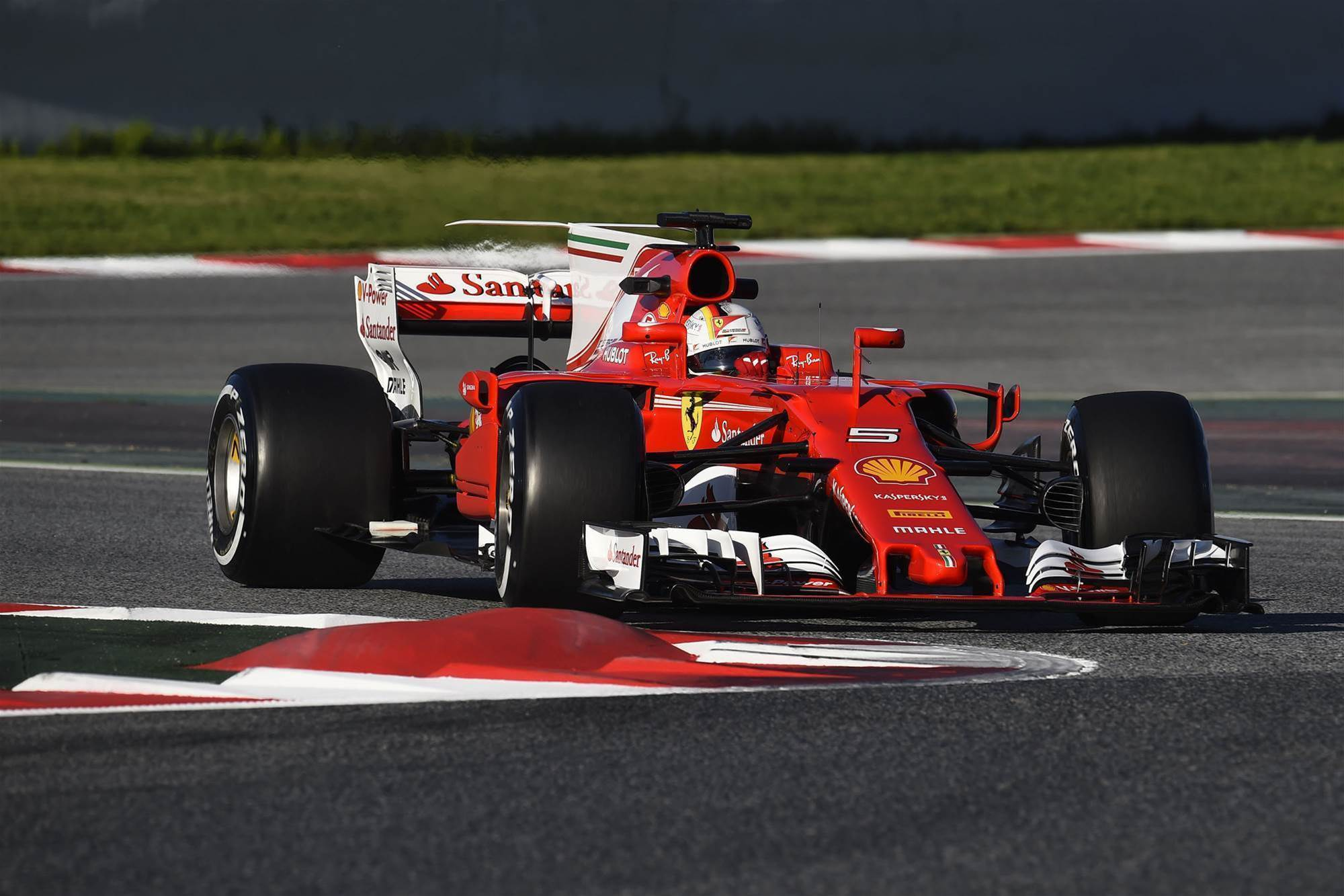 Ferrari sets the pace in F1 testing