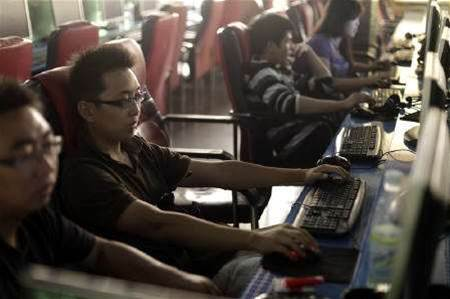Pentagon 'aware' of China Internet rerouting